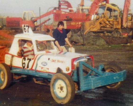 Harringay pits 1979, with Dave Gibson as mechanic
