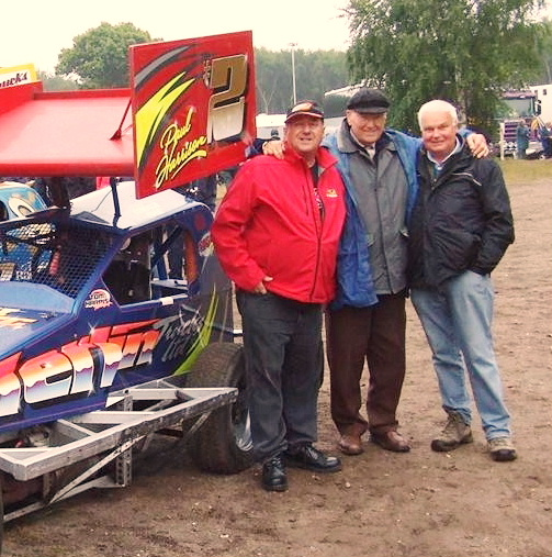 A 2015 trip back to the UK for me and a chat with Willie Harrison and Alan Wardropper in the pits at Foxhall Stadium, Ipswich